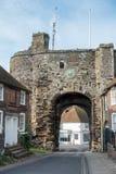 RYE, OST-SUSSEX/UK - 11. MÄRZ: Der Landgate-Eingang nach Rye herein Stockfotos