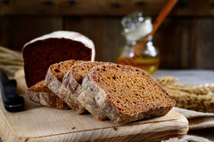 Rye sliced bread on a cutting board Royalty Free Stock Photography