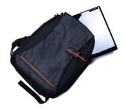 Ryggsäck med bärbara datorn Arkivbild