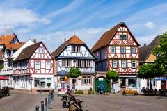 Ryglowi domy w Seligenstadt am Markt w Hesse Niemcy zdjęcia stock