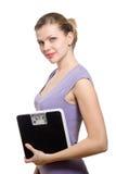 rymma den le viktkvinnan för scale ung royaltyfri bild