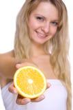 rymma den orange kvinnan Royaltyfri Bild