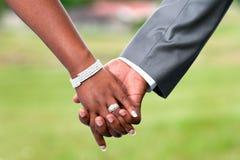 Rymma händer Royaltyfri Foto