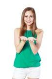 Rymma hennes hand royaltyfri foto