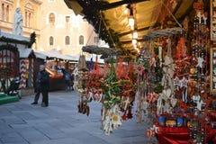 Rynek Bożenarodzeniowe dekoracje obrazy royalty free