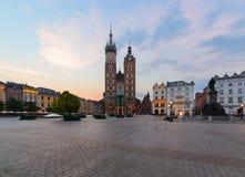 Rynek Glowny - główny plac Krakow w ranku Zdjęcia Royalty Free
