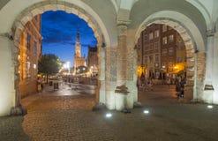 Rynek wraz z urzędem miasta od zielonego drzwiowego Gdansk Poland Europe Obraz Royalty Free
