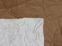 Rynkigt papper som en bakgrund Arkivfoto