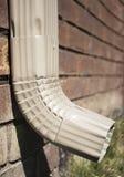 Rynnowy Downspout - pokazywać cegły obrazy stock