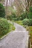 Ryoanji寺庙庭院在京都,日本 免版税库存图片