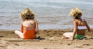 RyPer en la playa Imágenes de archivo libres de regalías