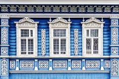 Rysk husfasad med ramar Fotografering för Bildbyråer