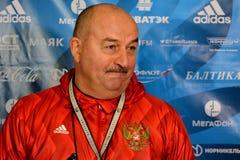 Rysk internationell fotbollslagchef Stanislav Cherchesov Arkivbild