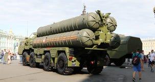 Rysk långt och medel - system för områdeanti--flygplan missil lager videofilmer