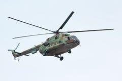 Rysk militär helikopter MI-8 Fotografering för Bildbyråer