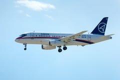 Rysk passagerarenivå Sukhoi Superjet-100 Arkivbild
