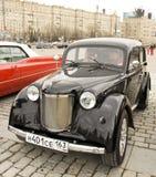 Rysk retro bil Moskvich Arkivfoto