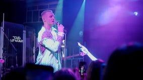 Rysk sångareOleg Miami kapacitet i nattklubböverkantmars, 2019 arkivfilmer