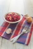 Rysk sallad och vitlök Arkivfoto