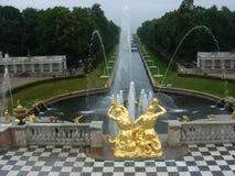Rysk slott nästan Sanct-Petersburg Fotografering för Bildbyråer