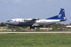 Rysk turbopropmotorfraktbärare Royaltyfria Foton