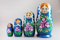 Ryska dockor - matrioshka Arkivfoto