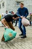 Ryska folk övervintrar festival i den Kaluga regionen på mars 13, 2016 Royaltyfri Bild