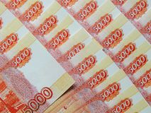 Ryska pengar med ett nominellt värde av 5000 rubel Royaltyfri Foto