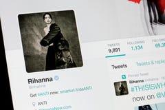RYSKI, LATVIA, Luty - 02, 2017: Billaboard piosenkarza i artysty Rihanna ` s świergotu profil Obrazy Stock
