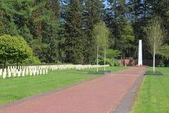 Ryskt fält av hedern på kyrkogården i Leusden royaltyfria foton