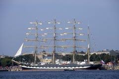 Ryskt högväxt skepp Kruzenshtern Royaltyfri Bild