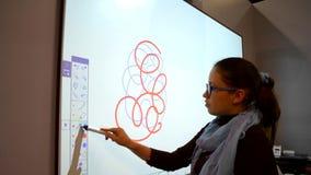 Rysować palec lub przedmiot na ciężkiej powierzchni zdjęcie wideo