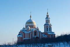 Rysskyrka i Saratov ortodoxkloster Arkivbilder