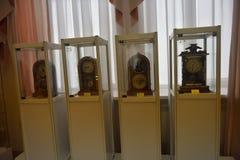 Ryssland Angarsk 02/01/2018 museum av den forntida klockan Arkivbild
