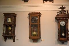 Ryssland Angarsk 02/01/2018 museum av den forntida klockan Arkivbilder