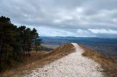 Ryssland Kislovodsk Natur överst av den lilla sadeln för berg Royaltyfria Bilder