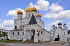 Ryssland Kostroma Ipatievskiy en kloster Arkivbild