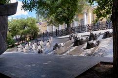 Ryssland Monument till Mikhail Sholokhov i Moskva på den Gogol boulevarden Rukavishnikov författare 20 Juni 2016 Royaltyfri Bild