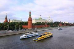 Ryssland MoskvaKreml i sommar Royaltyfri Foto