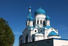 Ryssland St Petersburg, Gatchina, Maj, 26,2018, i fotoet interventiondomkyrkan i Gatchina arkivfoto