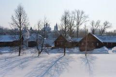 Ryssland Suzdal vintermorgon Fotografering för Bildbyråer