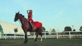 rysunkowej dziewczyny końskie jeździeckie serie vector zachodni dzikiego zdjęcie wideo