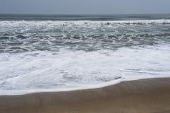 Rytm av havvågor arkivbild