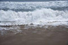 Rytm av havvågor royaltyfria bilder