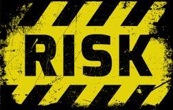 Ryzyka szyldowy żółty ostrzeżenie Obrazy Royalty Free