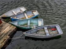 Rząd łodzie przy odpoczynkiem Zdjęcie Royalty Free