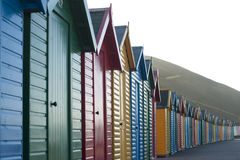 Rząd kolorowe drewniane plażowe budy Zdjęcie Royalty Free