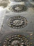 Rząd Ozdobne Podłogowe płytki z kurenda wzorem Zdjęcie Royalty Free