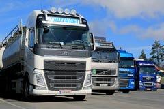 Rząd przyczep ciężarówki na jardzie Obraz Stock