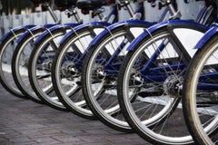 Rząd rower opony fotografia stock
